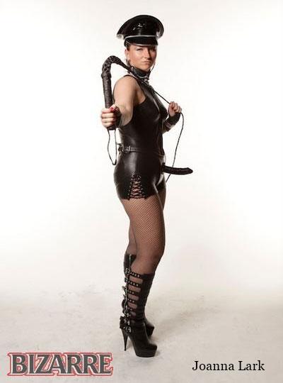 Célèbre Joanna Lark dominatrice Chapeau spectaculaire Militaire Cap Fetish M-L