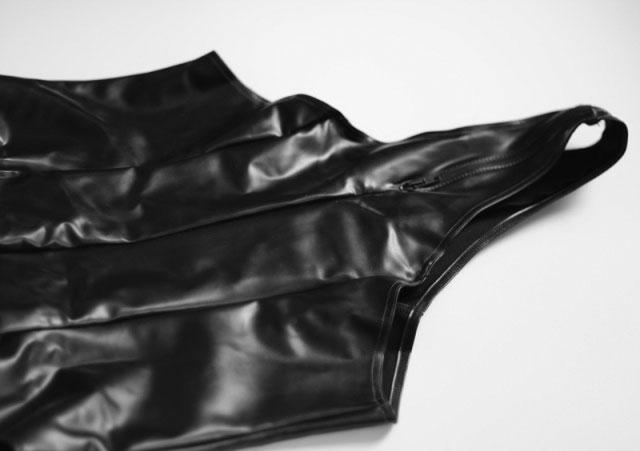 High Leg Bodysuit in Twisted Latex