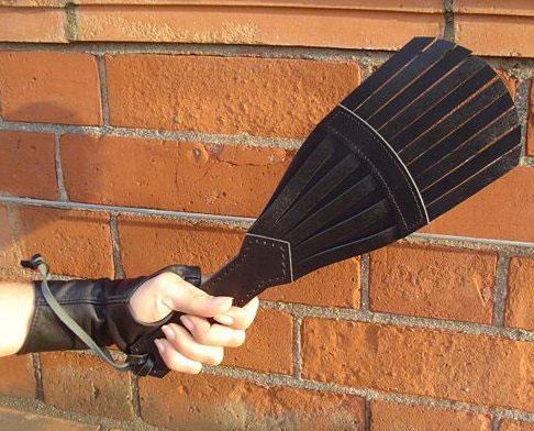 Leather Sting Slapper